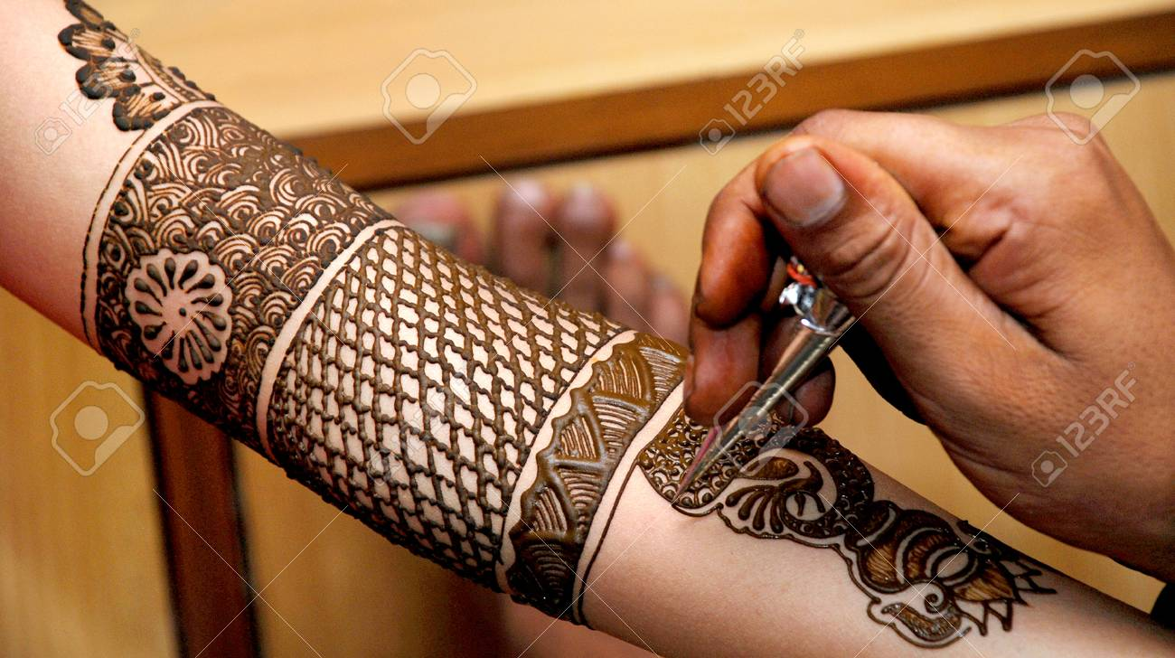 Mehndi For Wedding Girl : Mehndi design in hand for girl wedding stock photo picture and
