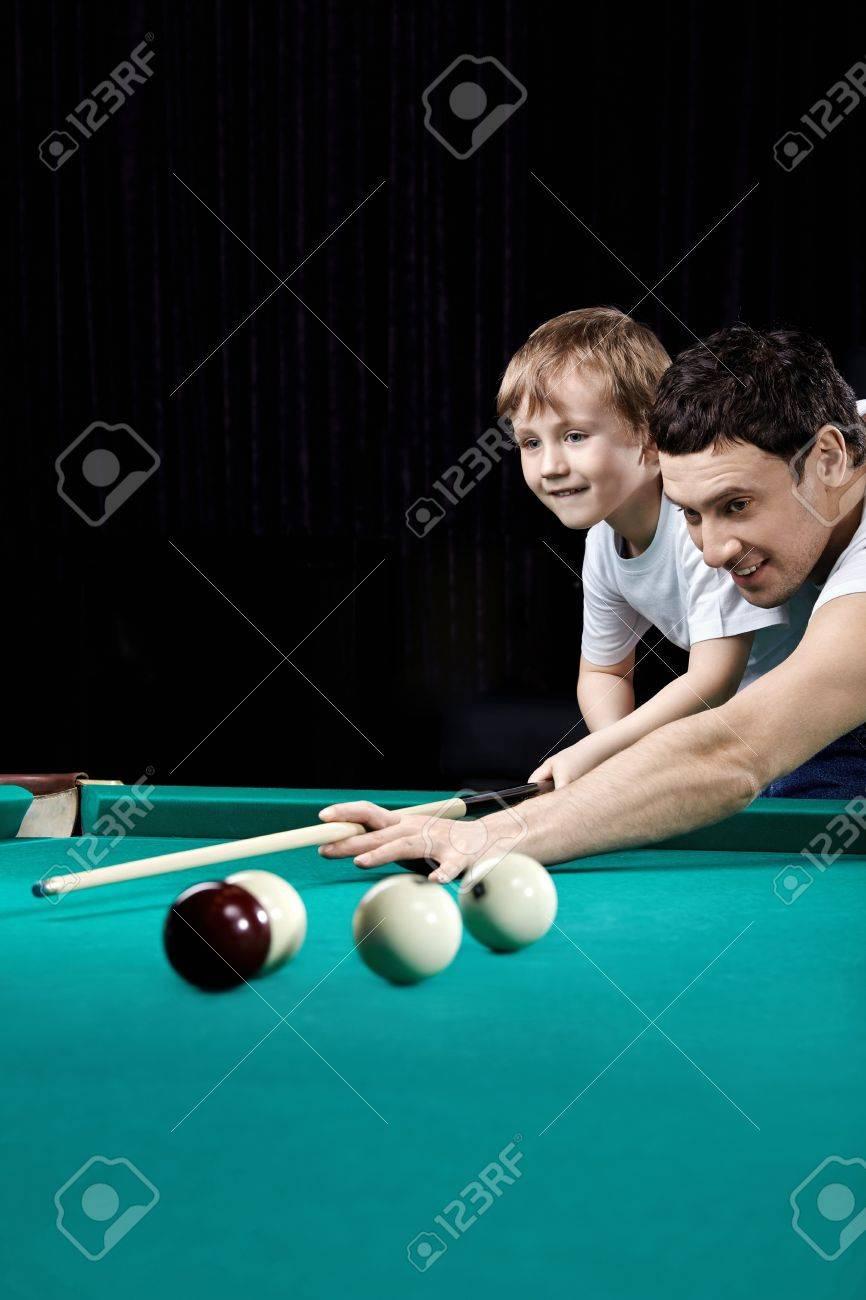 Учил девку играть в бильярд и 20 фотография