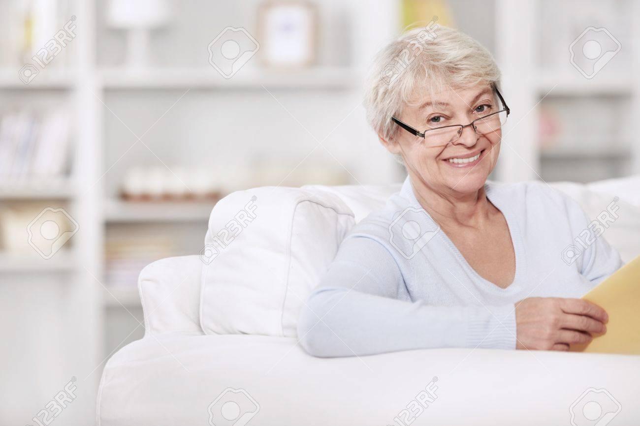 В возрасте тетки онлайн @ 18-porno.ru
