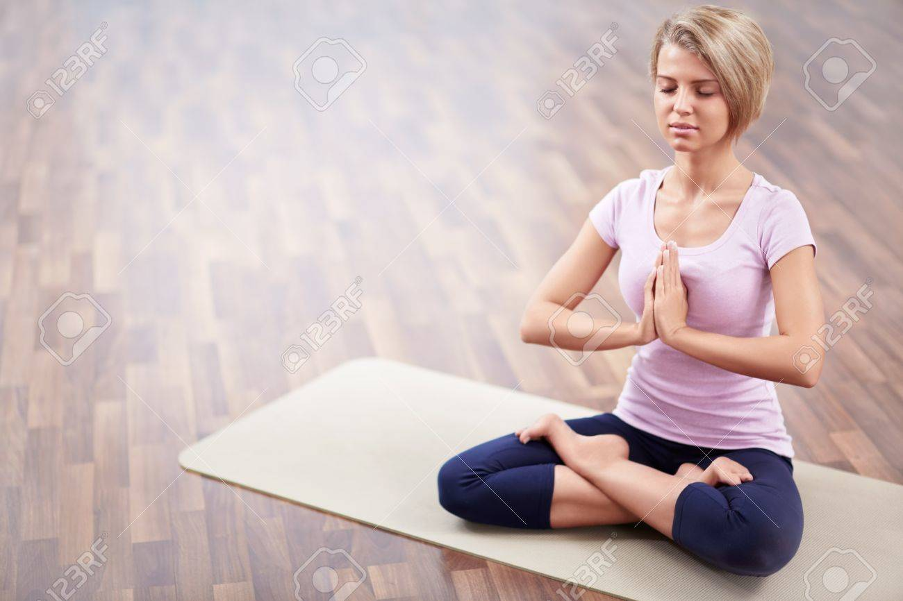 Young girl in lotus position Stock Photo - 17758849
