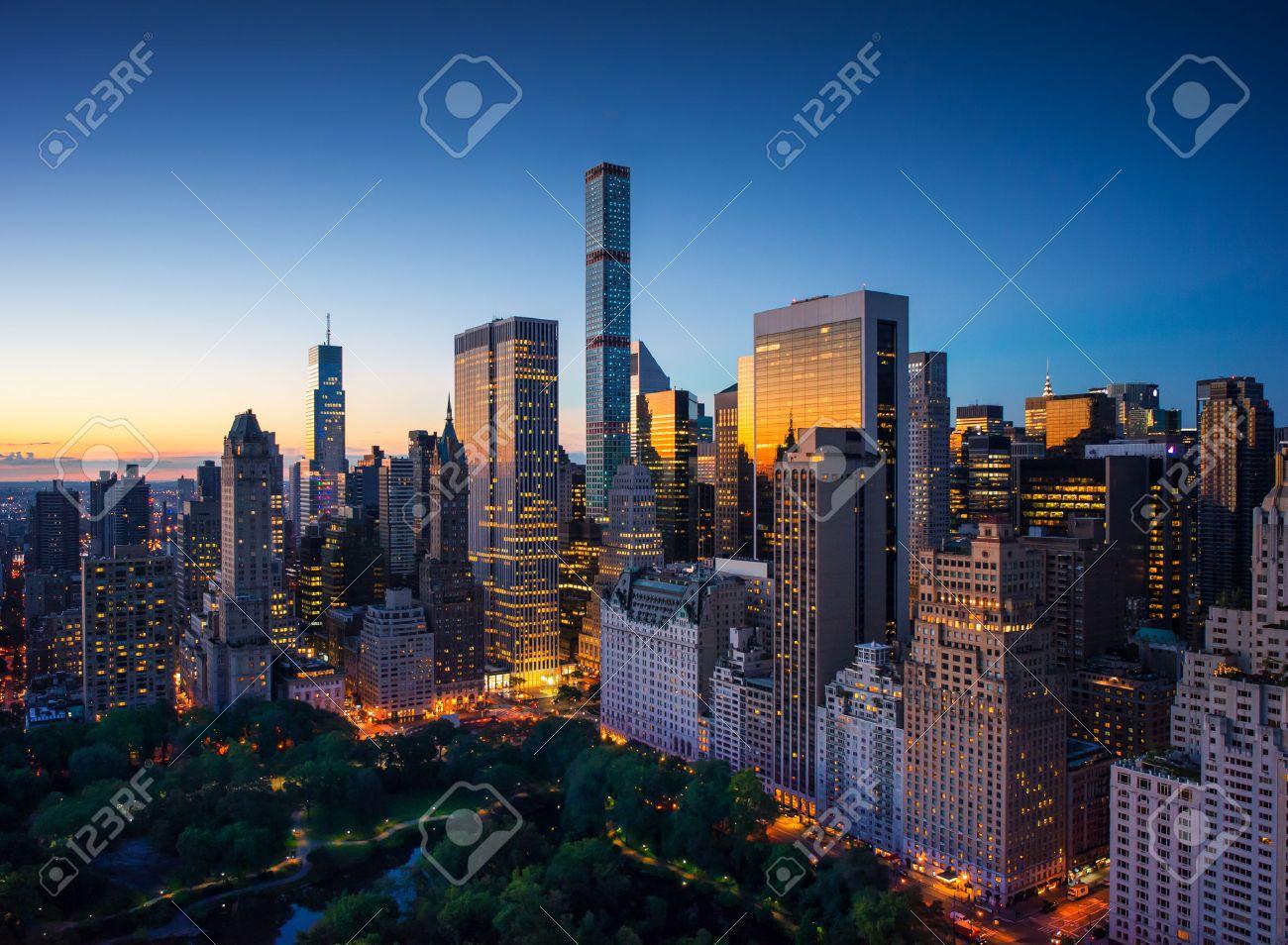 New York city - amazing sunrise over central park and upper east side manhattan - Birds Eye - 32773897