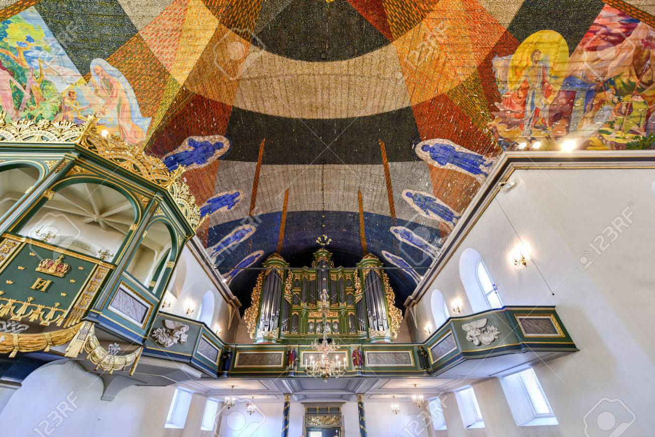 banque dimages oslo norvge le 28 fvrier 2016 dcoration du plafond par le peintre norvgien hugo lous mohr lintrieur cathdrale doslo