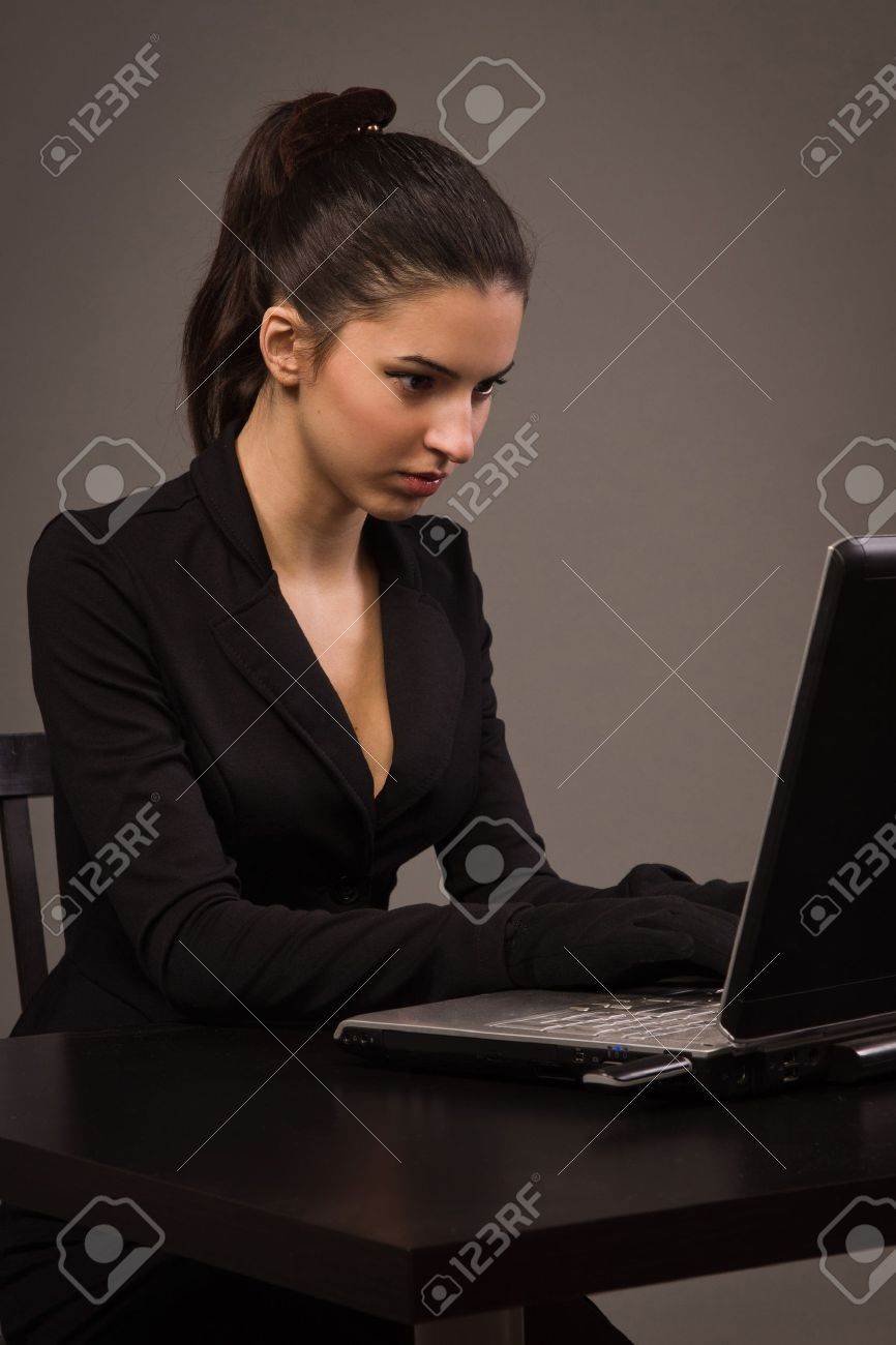 skinny girls w no tits