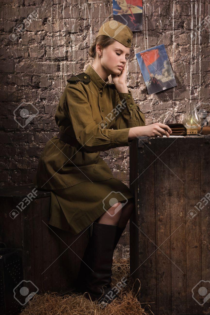 Фото девушек в военной форме великой