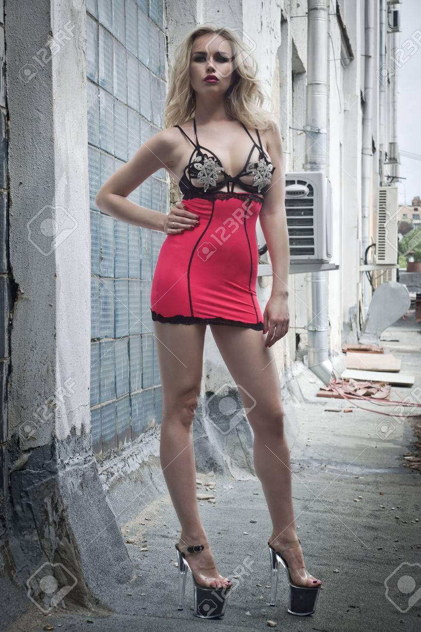 sexy-girl-on-the-street