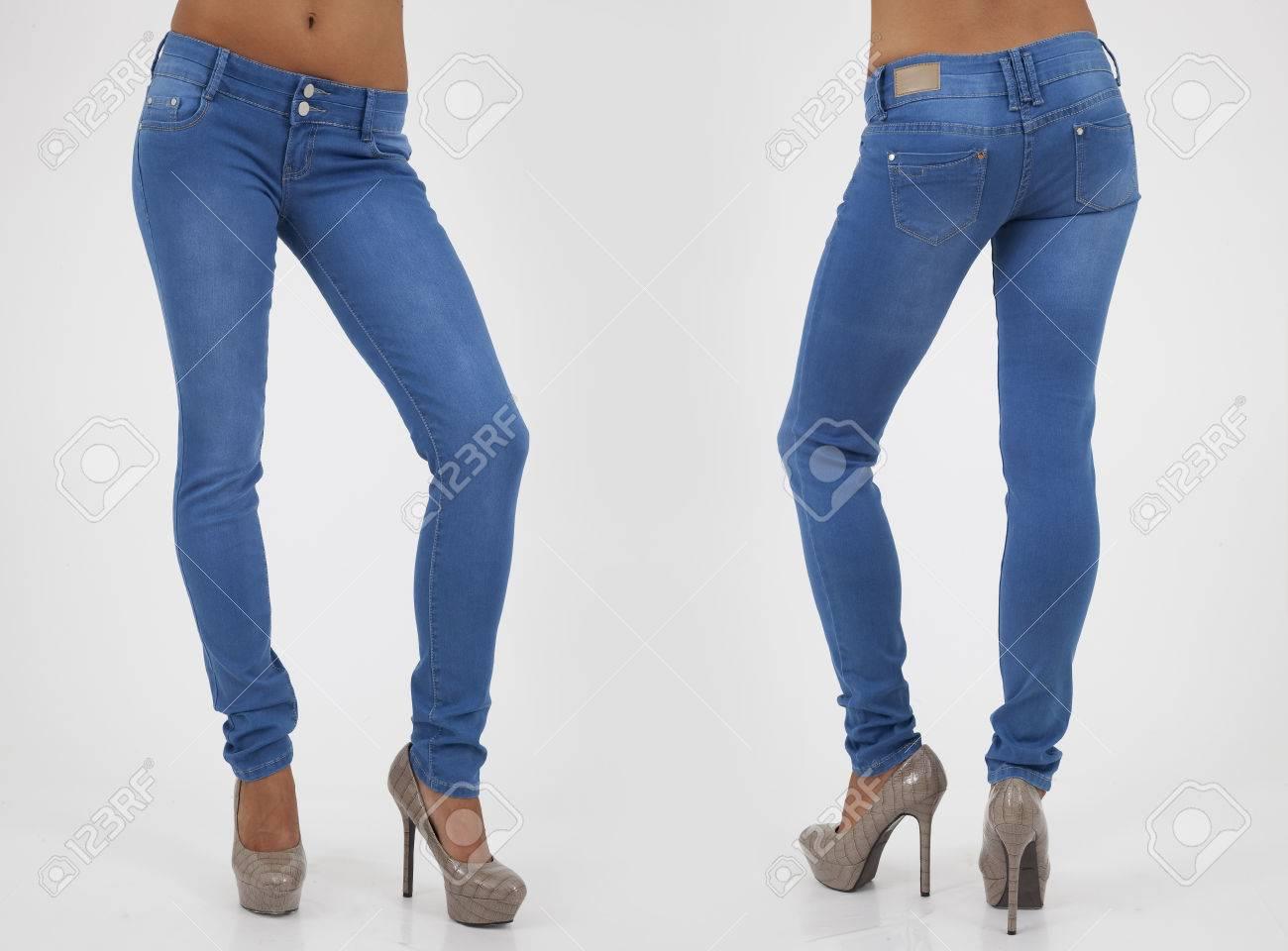 Hübsche Frauen In Engen Jeans Auf Weißem Rücken Und Vorderansichten