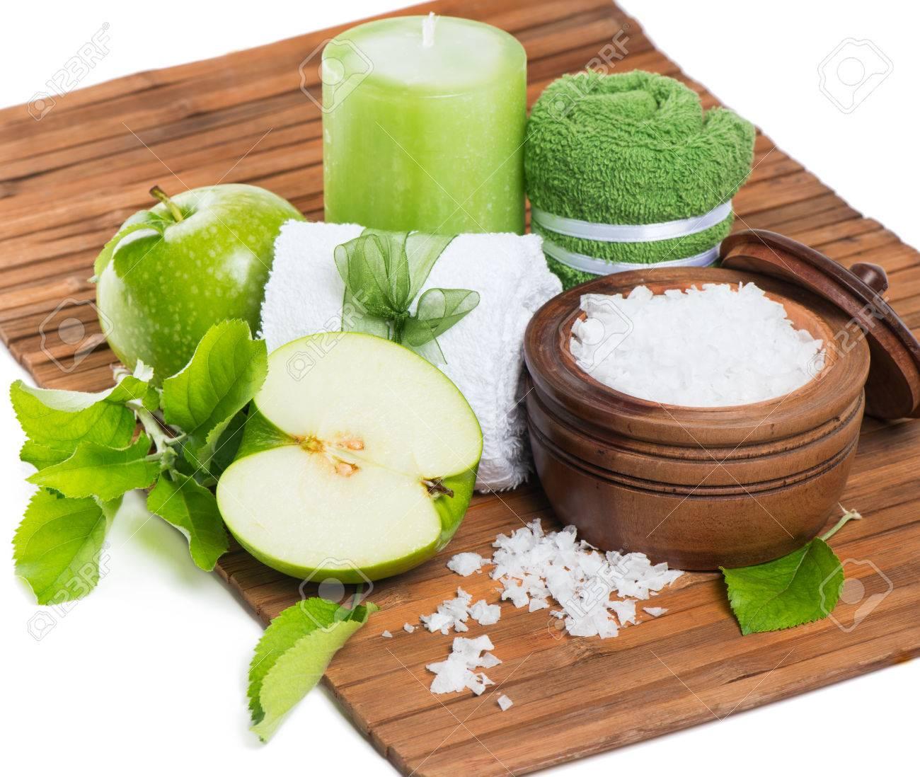 Aromatischen Apfel Bad Mit Grunem Apfel Badesalz Im Laufe Der