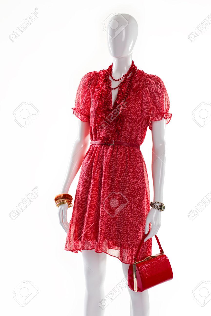 Vestido rojo con brillantes