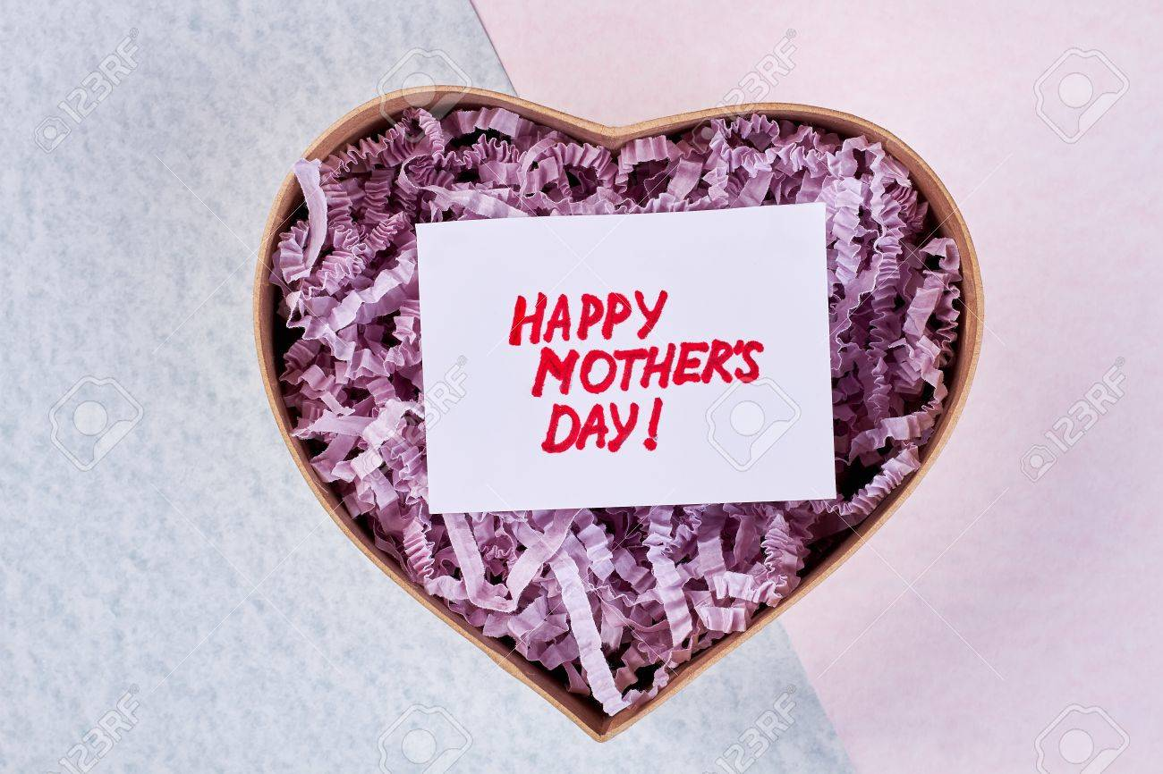Geschenk In Herzförmiger Box Für Beste Mutter In Der Welt