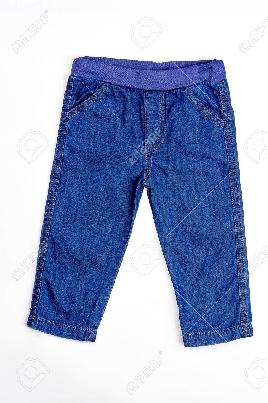 Archivio Fotografico - Jeans del denim del neonato isolati. Pantaloni in  denim tasca di alta qualità per neonato 0f46c4754150
