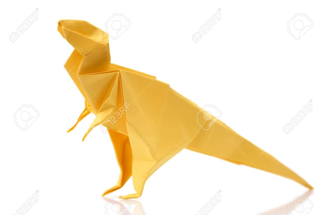 Tiranosaurio Amarillo Sobre Fondo Blanco. Proyecto De Origami Para ...