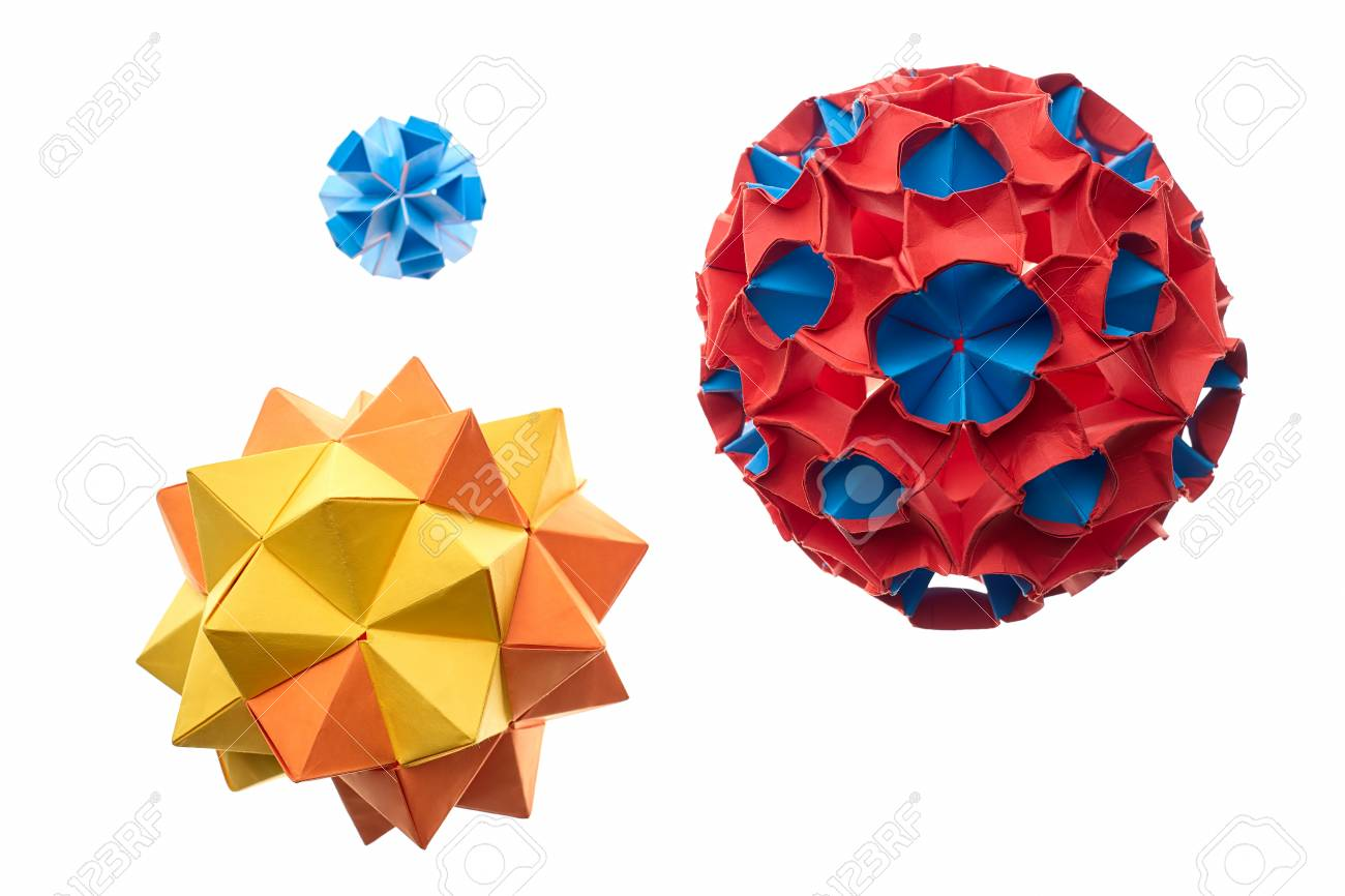 Wonderful Modular Origami Balls Made Of Colored Paper Professional Level
