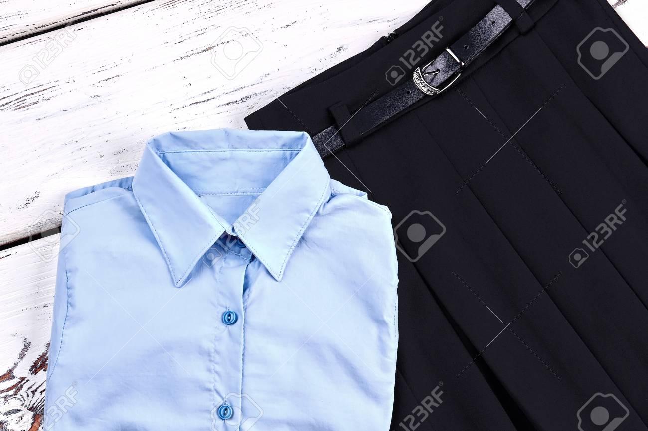 0d90a8005 Conjunto de elegante uniforme para niña de la escuela. Las niñas nueva camisa  elegante y