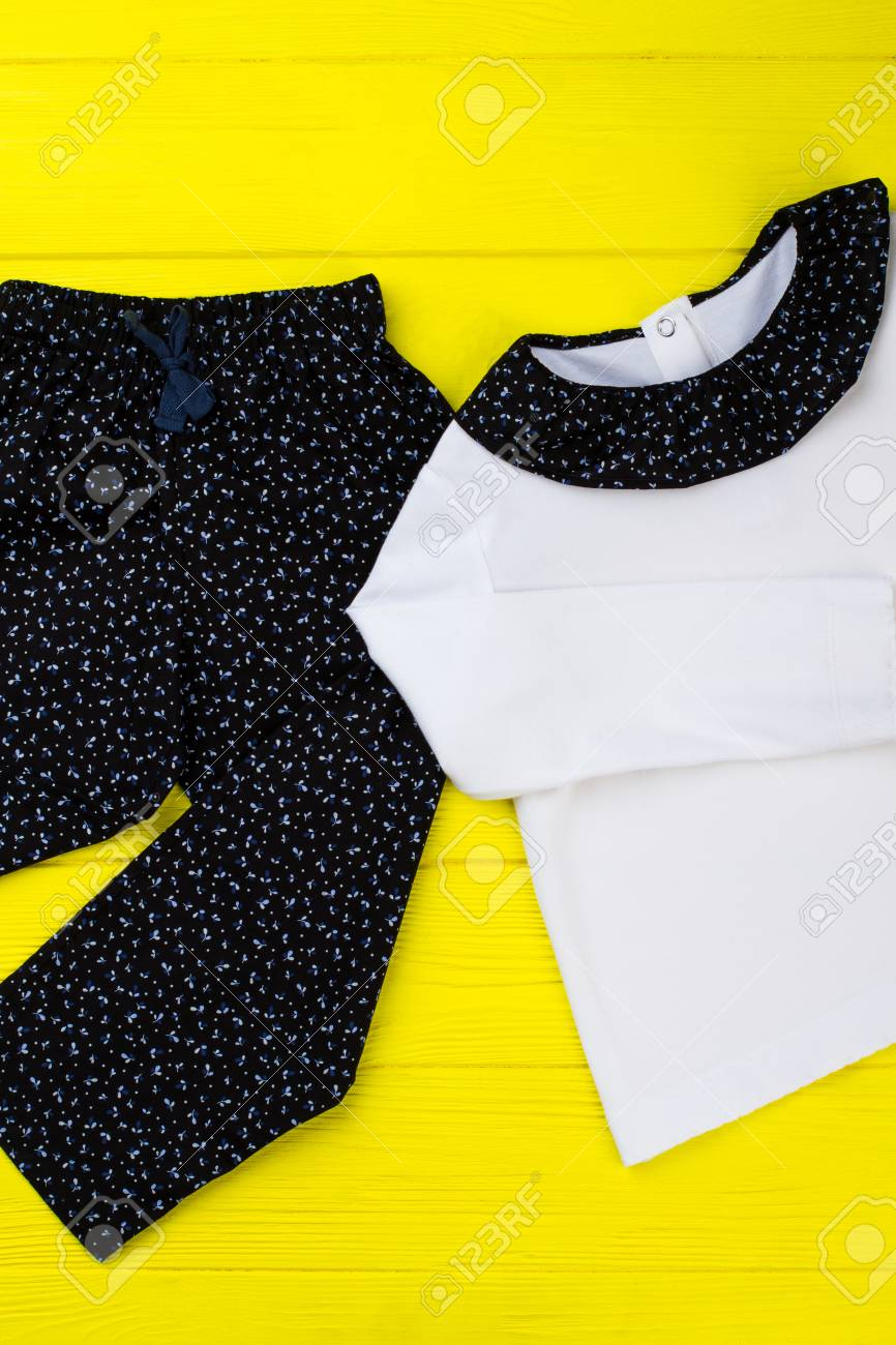 bd1f378e3aba Pajama T-shirt And Pants. White And Navy