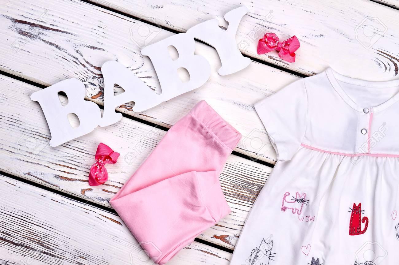 117f81cd36a3 Little Girl Beautiful Summer Apparel. Baby-girl Cute Pink Leggings ...