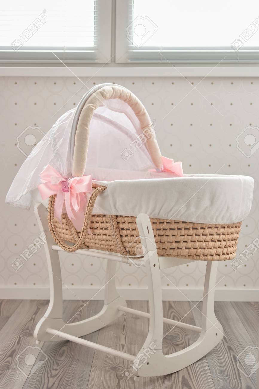 info pour 3d42d 09eb4 Lullaby baby basket bed. Fashionable moses bed for newborn indoor.
