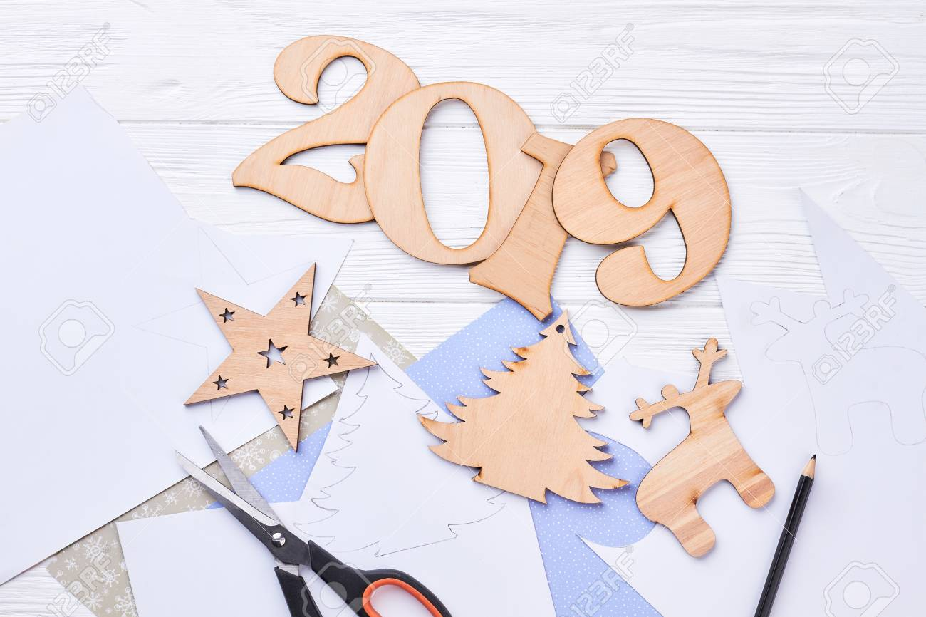 Cut Out Wooden Digit 2019 Christmas Ornaments Handmade Wooden