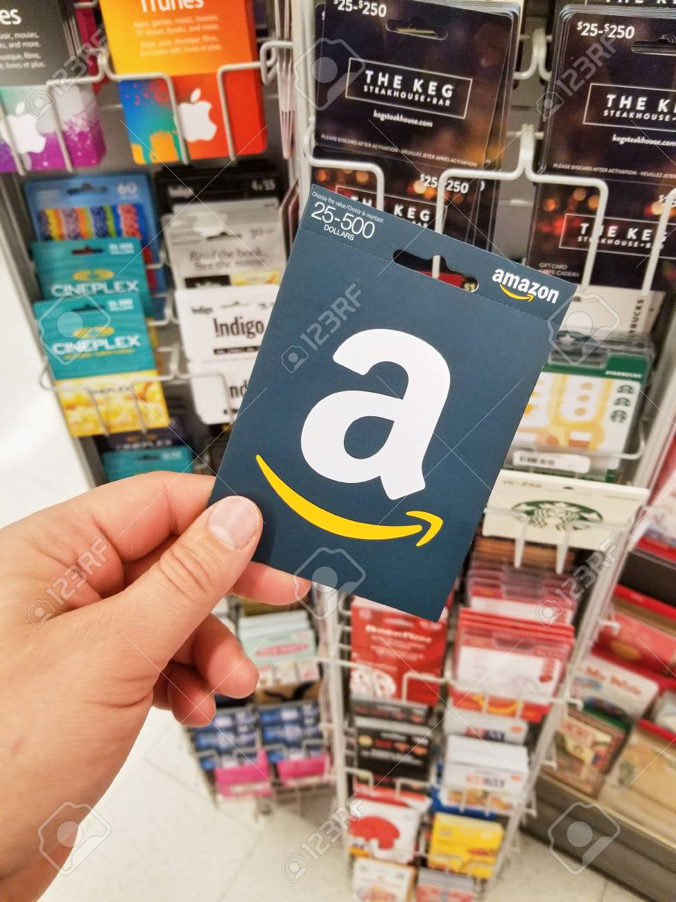 Montreal Canada November 7 2017 Amazon Gift Card In A Hand