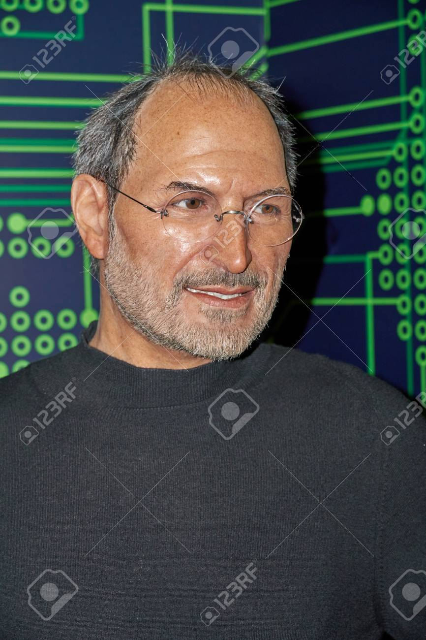 MONTREAL, CANADA - SEPTEMBER 23, 2018: Steven Paul Jobs, an American business magnate and investor. Wax museum Grevin in Montreal, Quebec, Canada - 114451190