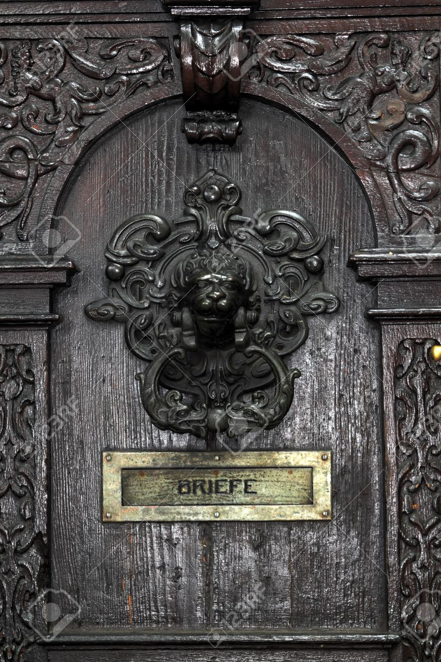 Detail Of A Vintage Door With Door Knocker And Letter Slot Stock Photo    13464415