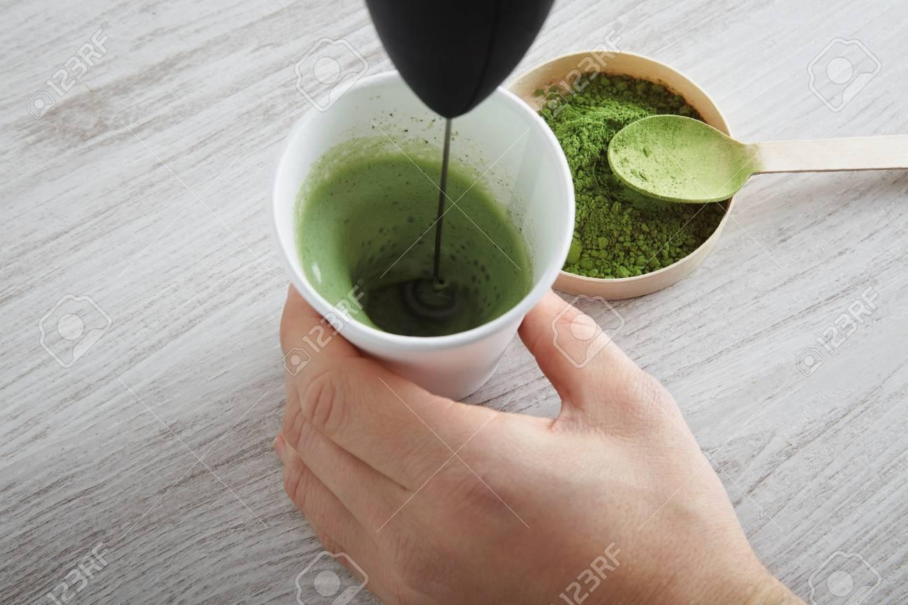 Draufsicht Whitepaper Glas Und Hochwertige Bio-Japan Matcha Tee Auf ...