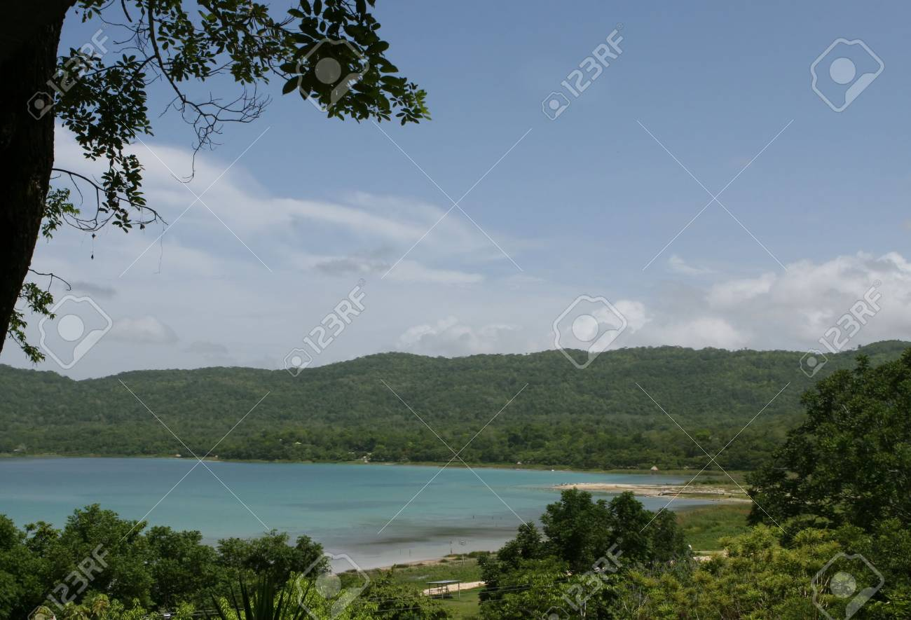 Clear blue waters on Lake Peten Itza in Guatamala, Central America Stock Photo - 1829872