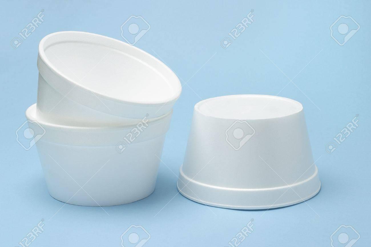 Three Styrofoam disposable bowls on seamless blue background Stock Photo - 9854569