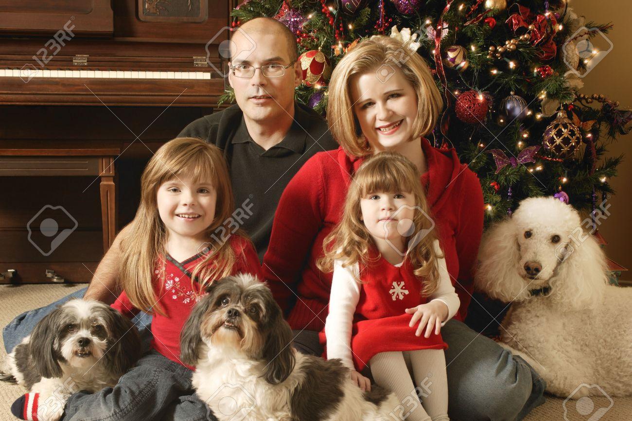 Christmas Family Photo Family Christmas Pictures Solar Design