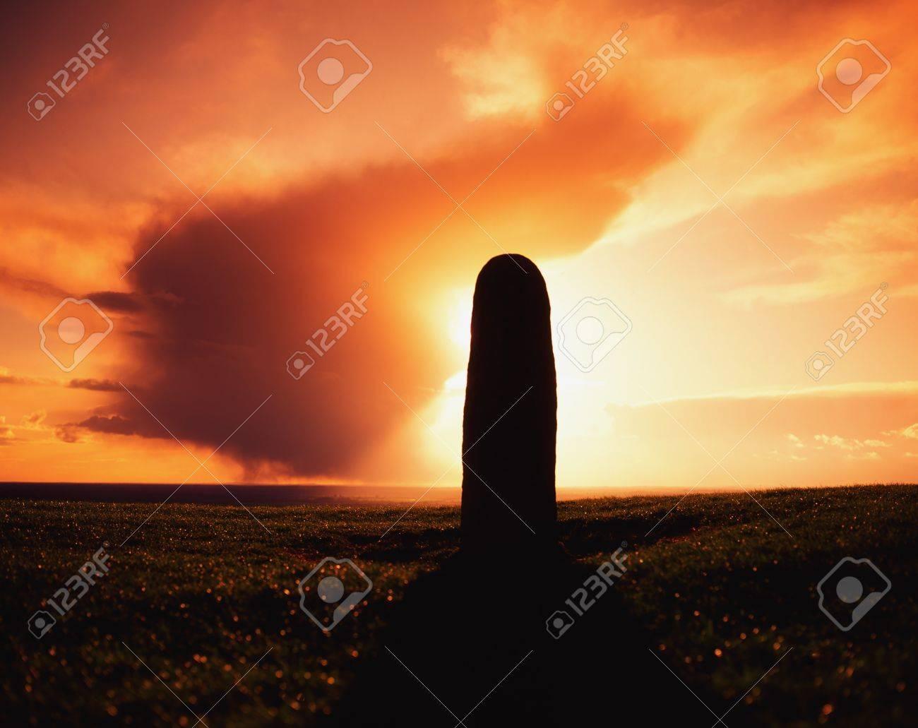 Lia Fail Standing Stone, Hill of Tara, County Meath, Ireland Stock Photo - 7187881