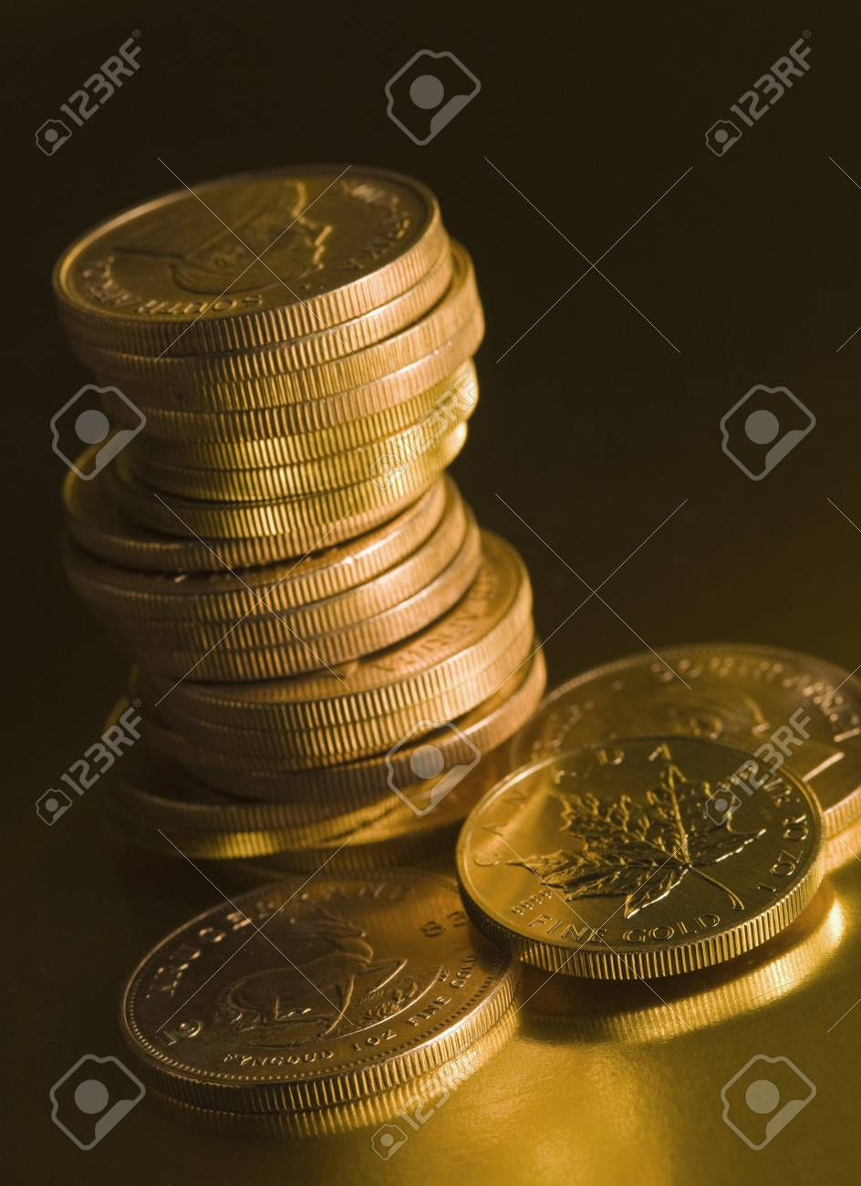 Gold coins Stock Photo - 7210688