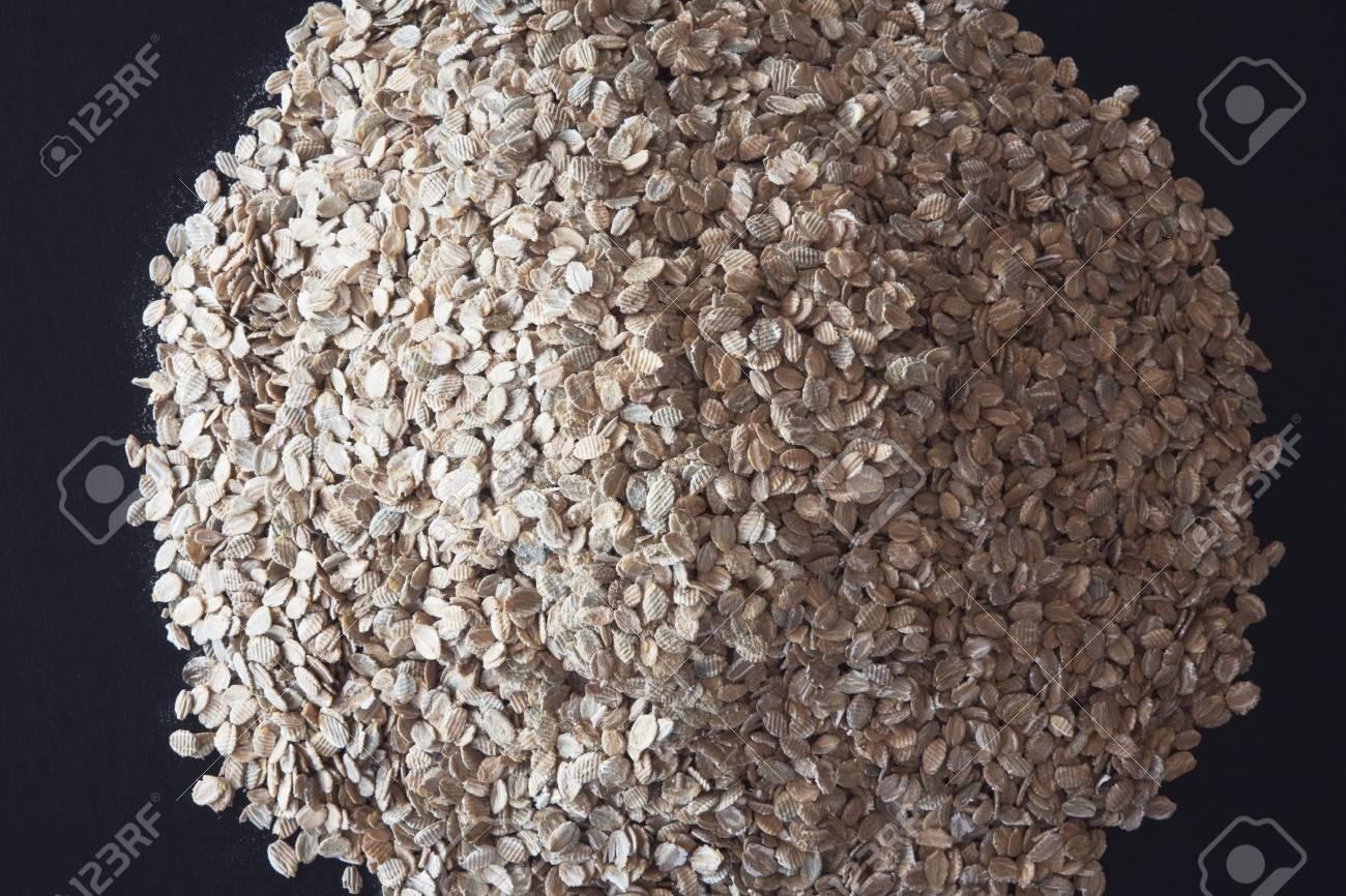 pile of rye flakes Stock Photo - 7191435