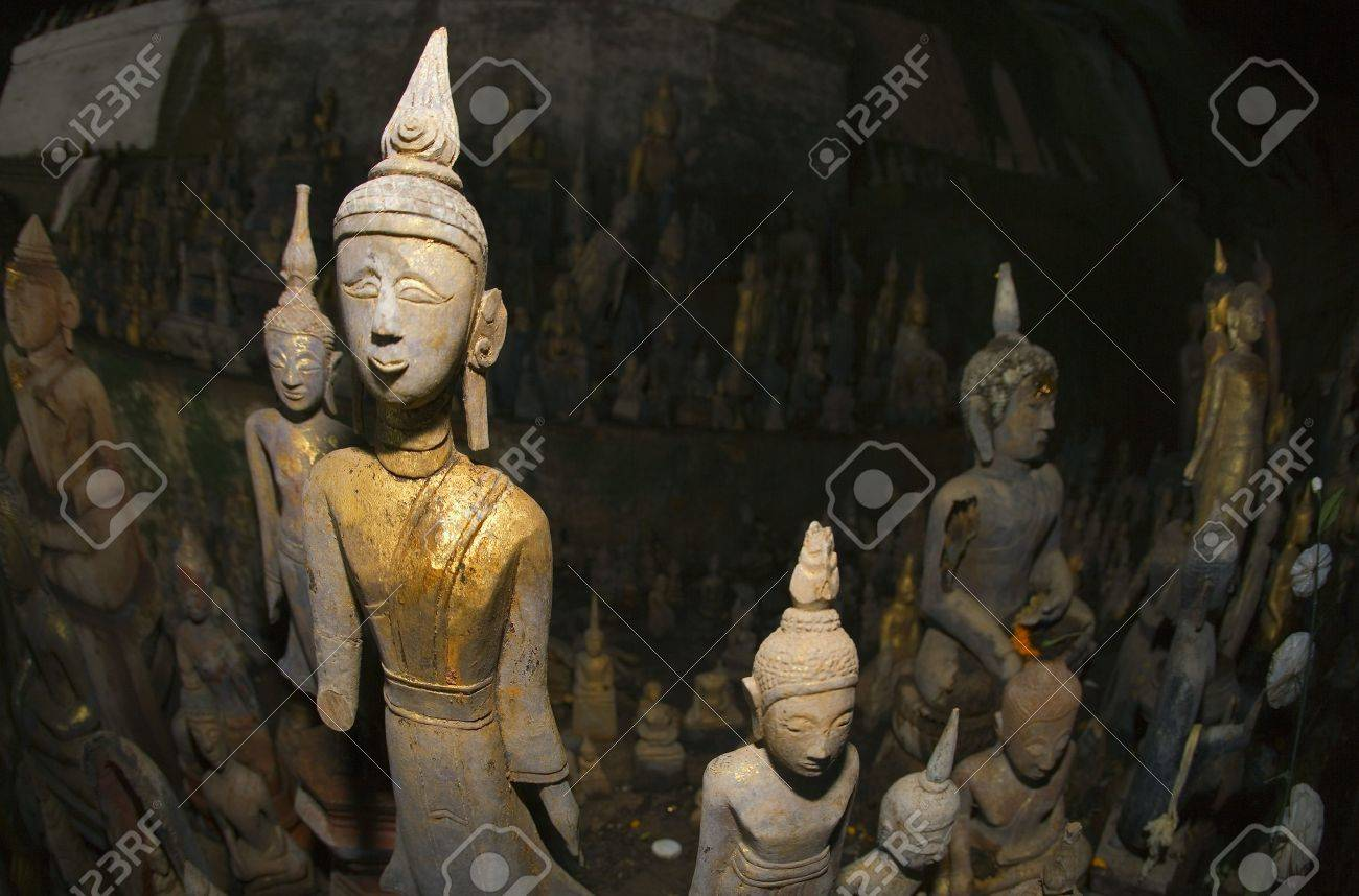 Buddha statues, Pak Ou caves, Laos Stock Photo - 7206959