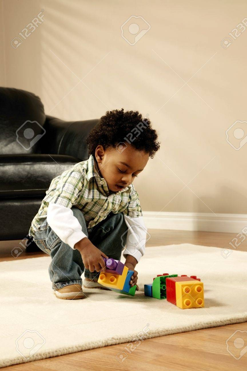 A boy playing with blocks Stock Photo - 7206740