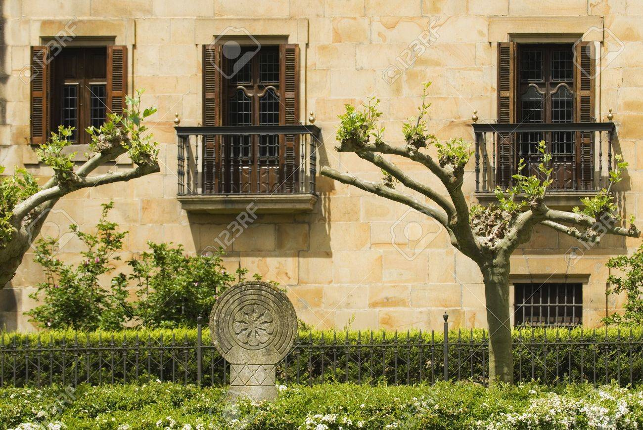 A Basque Coat of Arms in front of palace, Elorrio, Basque Country, Spain Stock Photo - 7559470