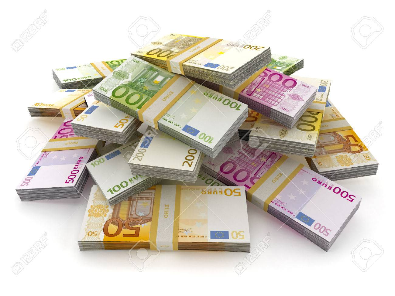 2020 - [Mazda] MX-30 - Page 2 56377917-euro-money-lots-forming-a-pile-isolated-on-white-background