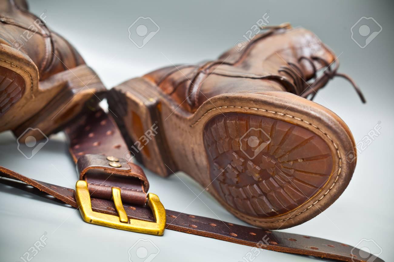 Modische Schuhe Handgemachte Ledergürtel Mit Schnalle Grunge Stil