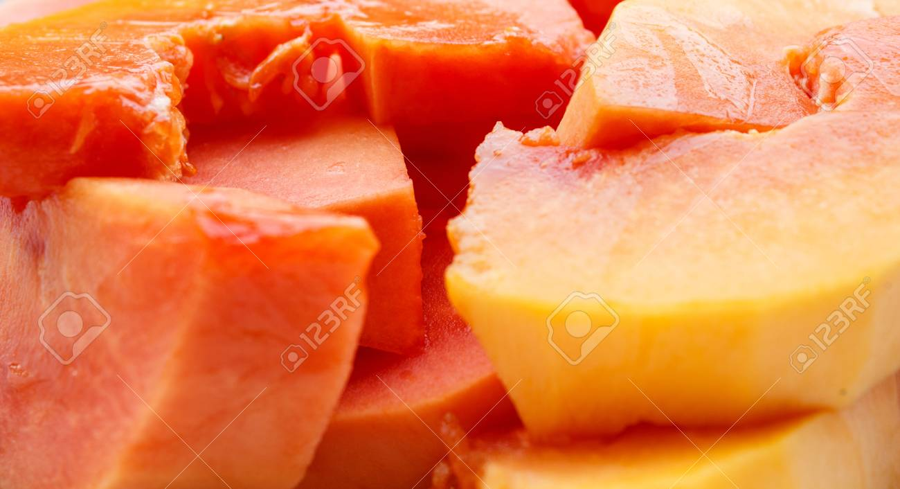 Ripe papaya peel it and eat Stock Photo - 18691549