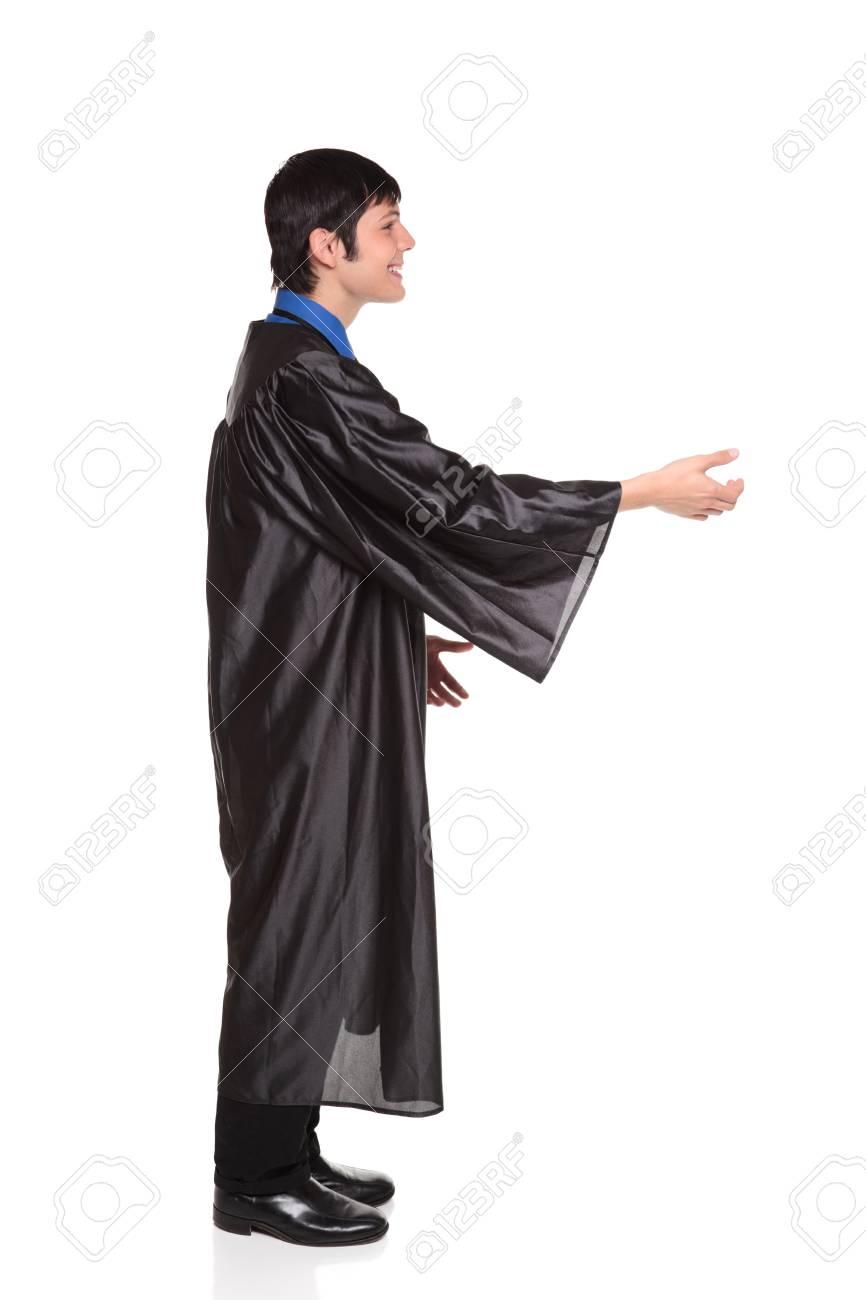 new arrival 16f4b 59b4a Isolato studio colpo di una laurea di felice in un abito di laurea  Università con un grande sorriso raggiungere agitare le mani o il diploma  di ...