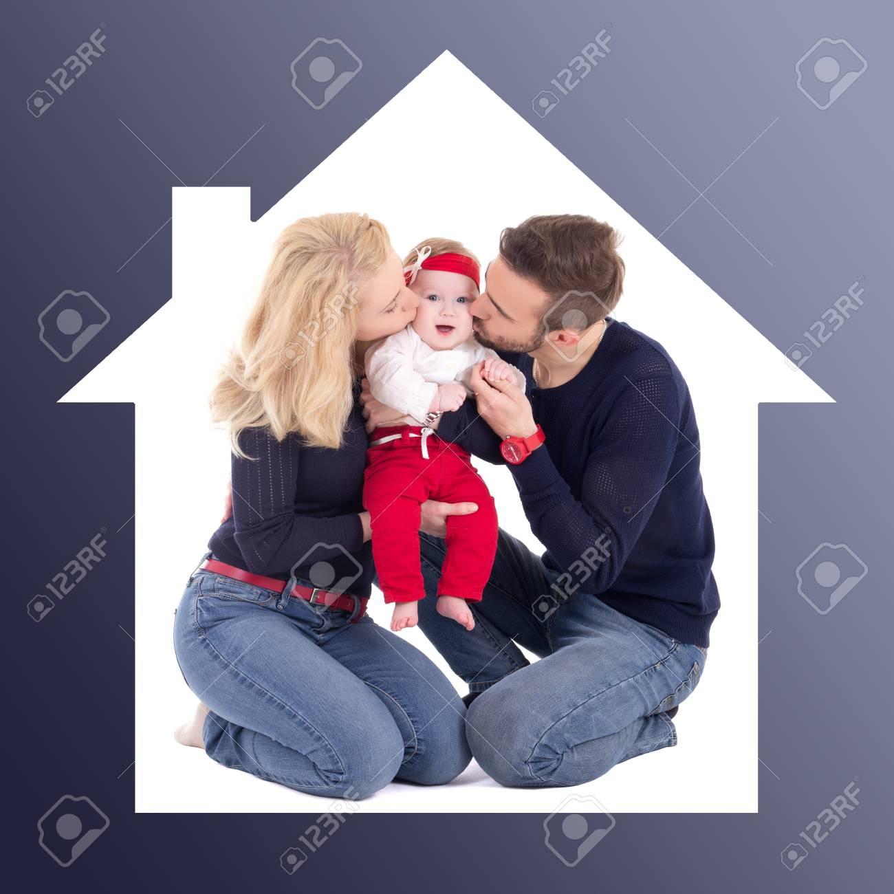 Glückliche Familie Konzept - Vater Und Mutter Kleine Tochter Im Haus ...