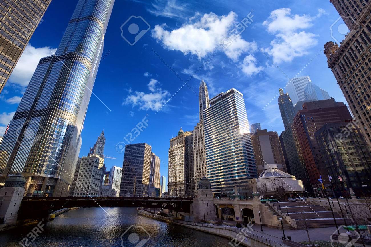 Chicago River Walk with urban skyscrapers, IL, United States - 37235457