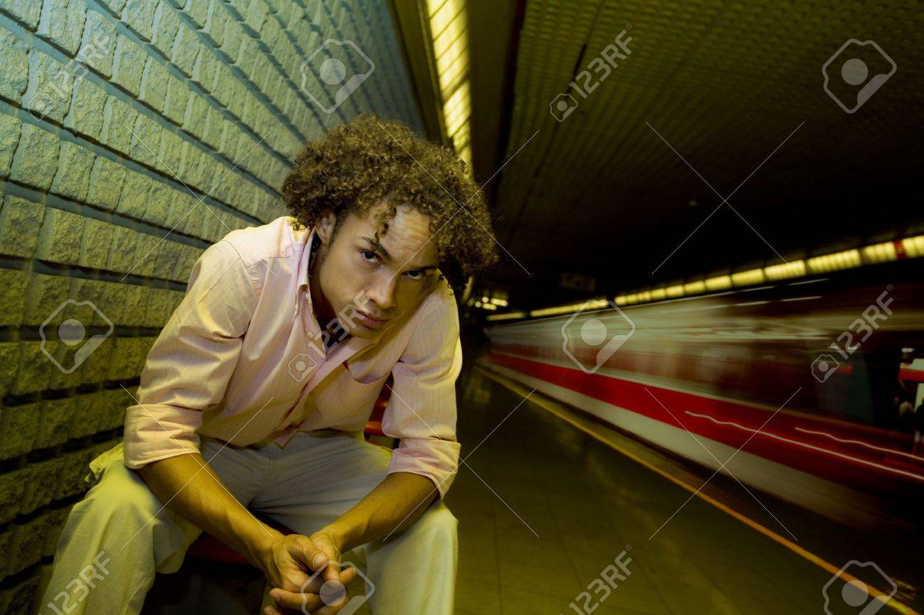train moving fast in an underground station Stock Photo - 501327