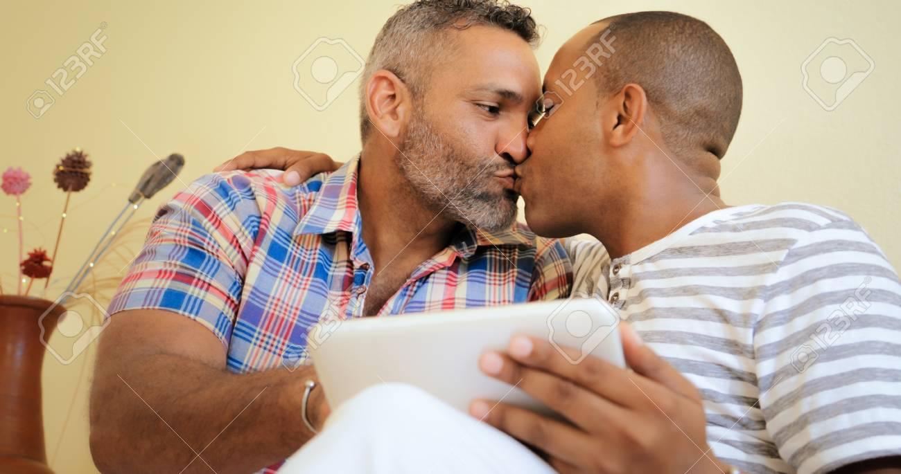 Free gay latinos