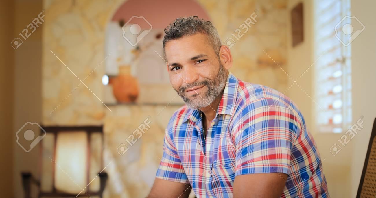 Homosexuell Hispanos
