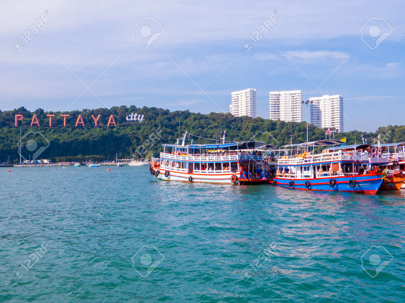 PATTAYA, THAILAND - DECEMBER 25, 2018: Boats near the Bali Hai Pier. - 151821157