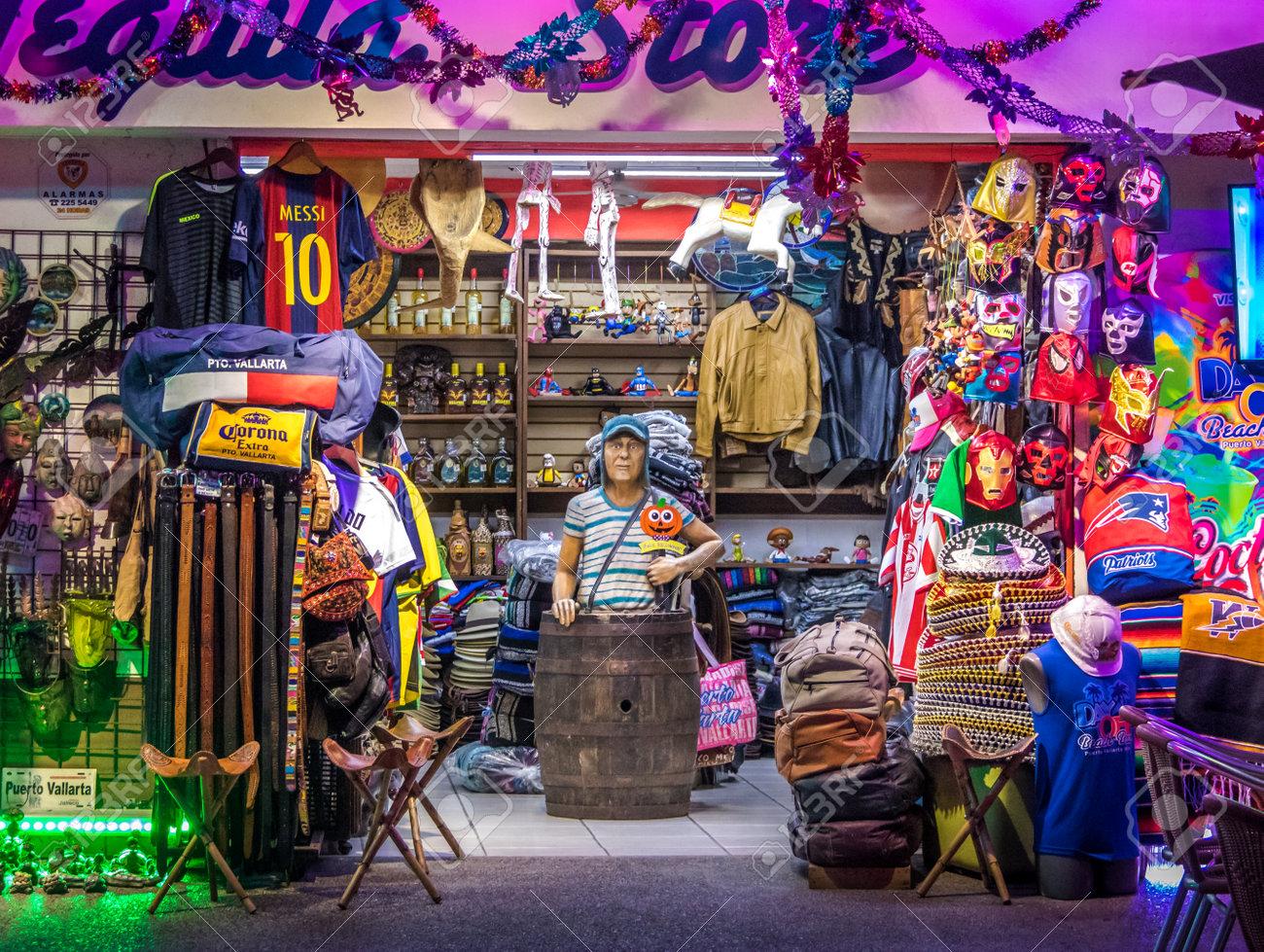 Mexican Gifts Store Fachada - Puerto Vallarta 4f95f433e4a