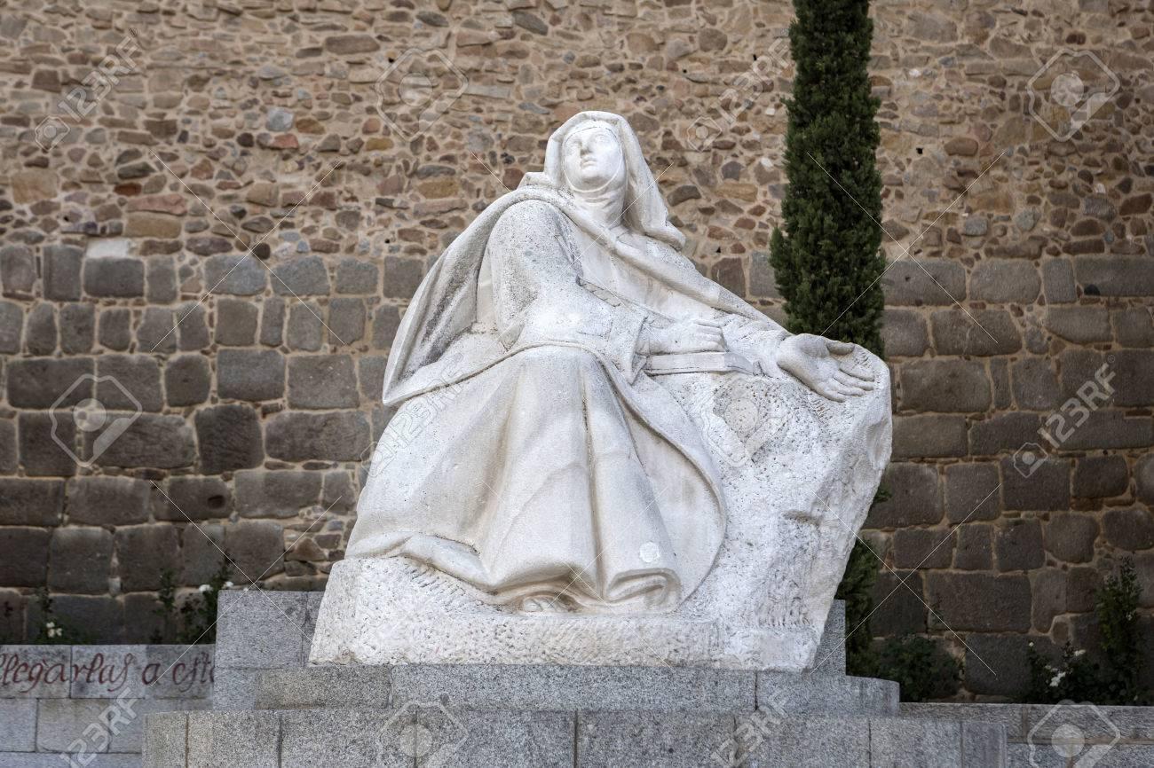 Avila monument