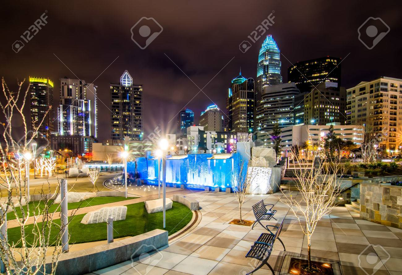 Water fountains charlotte nc - Stock Photo December 27 2014 Charlotte Nc Usa Charlotte Skyline Near Romare Bearden Park