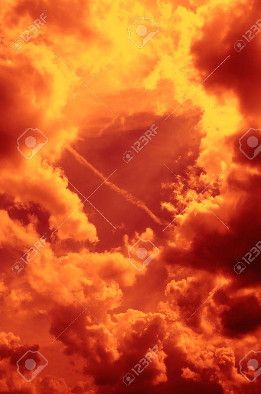Fiery Sky Stock Photo - 8170576