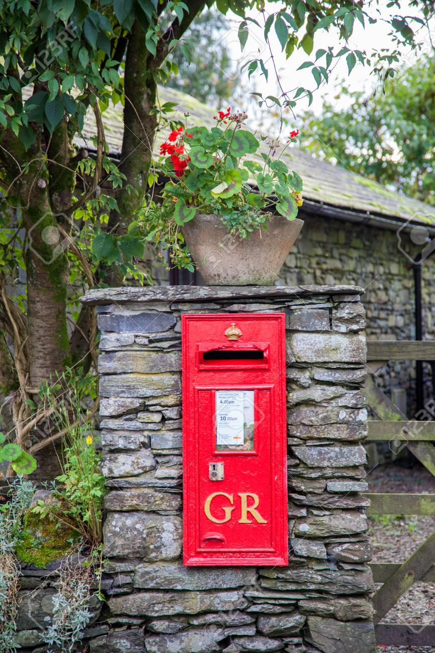 Old Georgian Village Post Box Stock Photo - 24865399