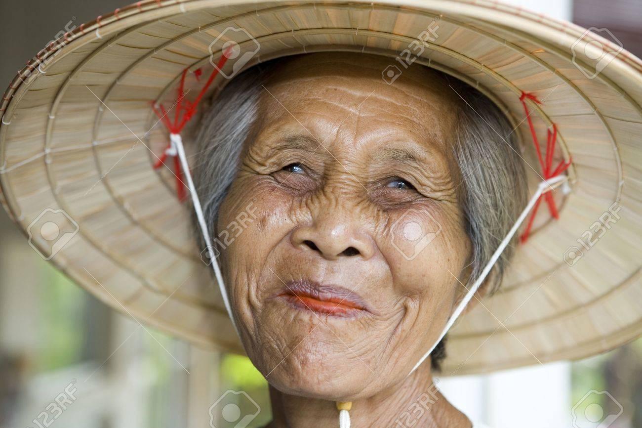 Фото старых голых бабушек